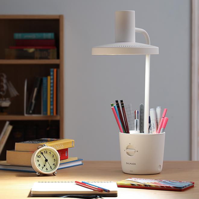 【滿額贈品】太陽光LED檯燈 (不分色)